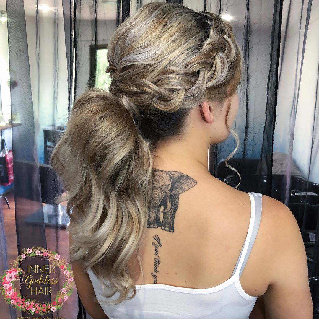 ponytail hairstyles ,ombre hair color #weddinghair #ponytails #wedding #hairstyles #ponytail #weddinghairstyles