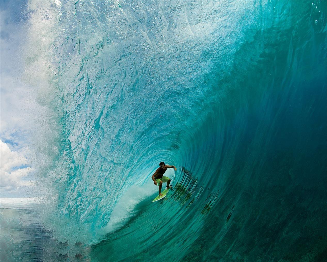 Barrel Surfing Wallpaper Hd