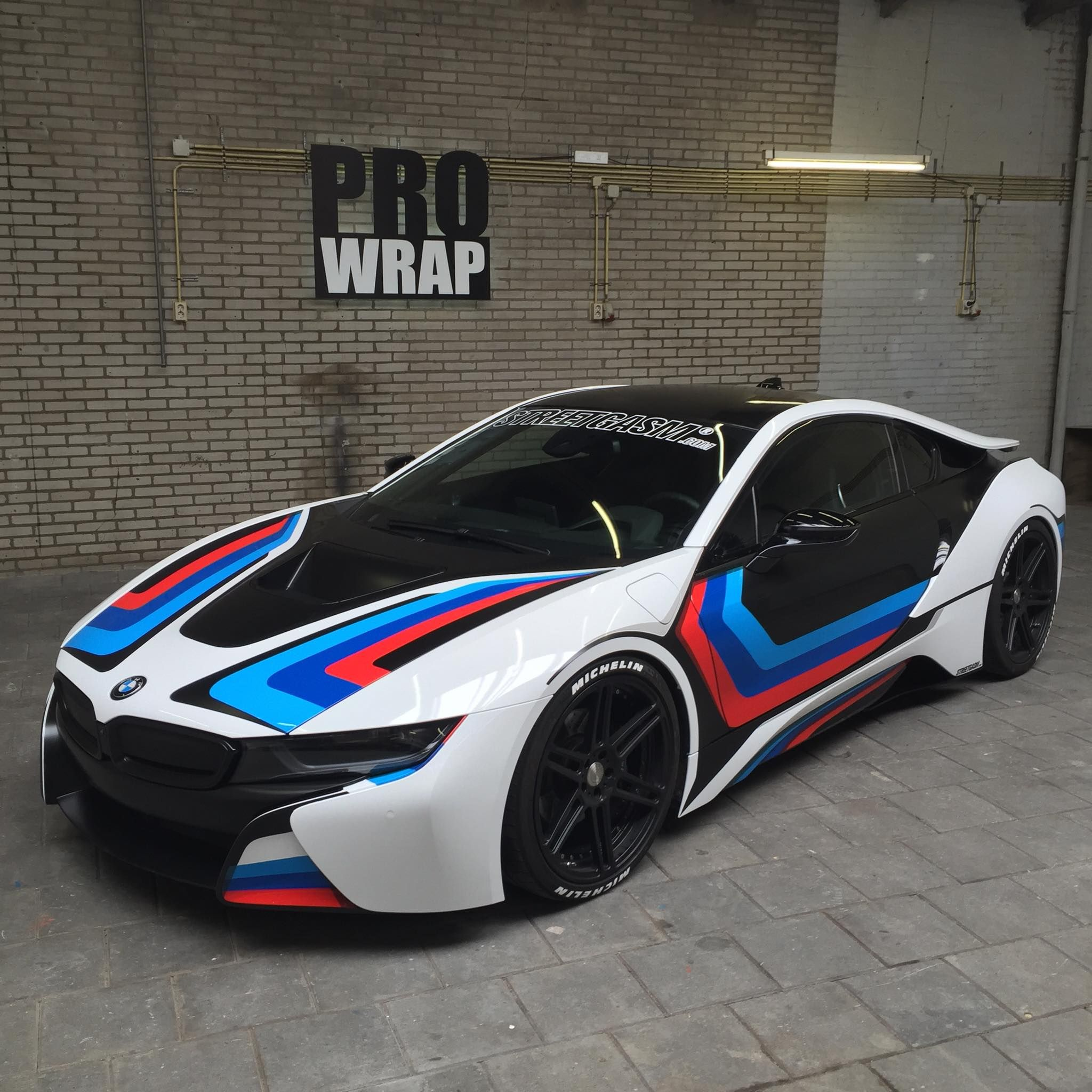 BMW M striping design