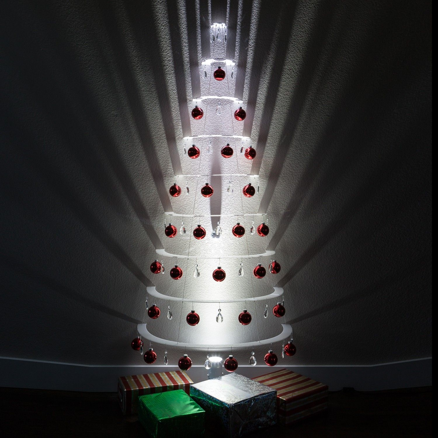 New Pearl Half Tree With Shiny Red Ball Ornaments By
