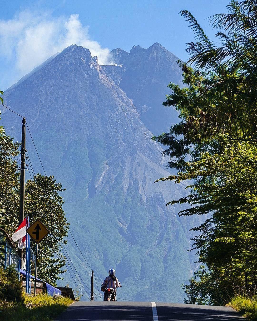 30 Foto Pemandangan Pagar Alam Menikmati Suasana Pegunungan Di Kebun Teh Kaki Gunung Dempo Download Explore Pagar Alam Gunung Demp Di 2020 Pemandangan Alam Kebun