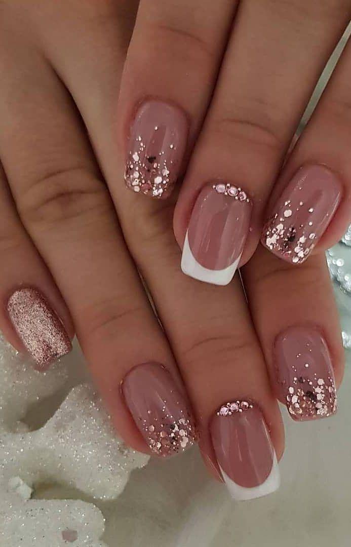 35+ beste und verspielte Glitter Nails Design-Ideen in dieser Woche - Seite 12 von 35 - Daily Women Blog,  #beste #design #dieser #glitter #ideen #nails #verspielte