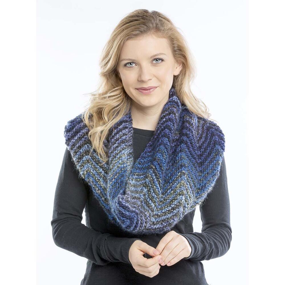 Premier® Gradient Waves Cowl Free Download | Knit cowl ...