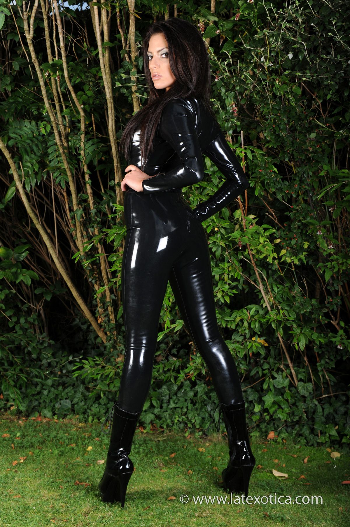 Latex spandex wifes