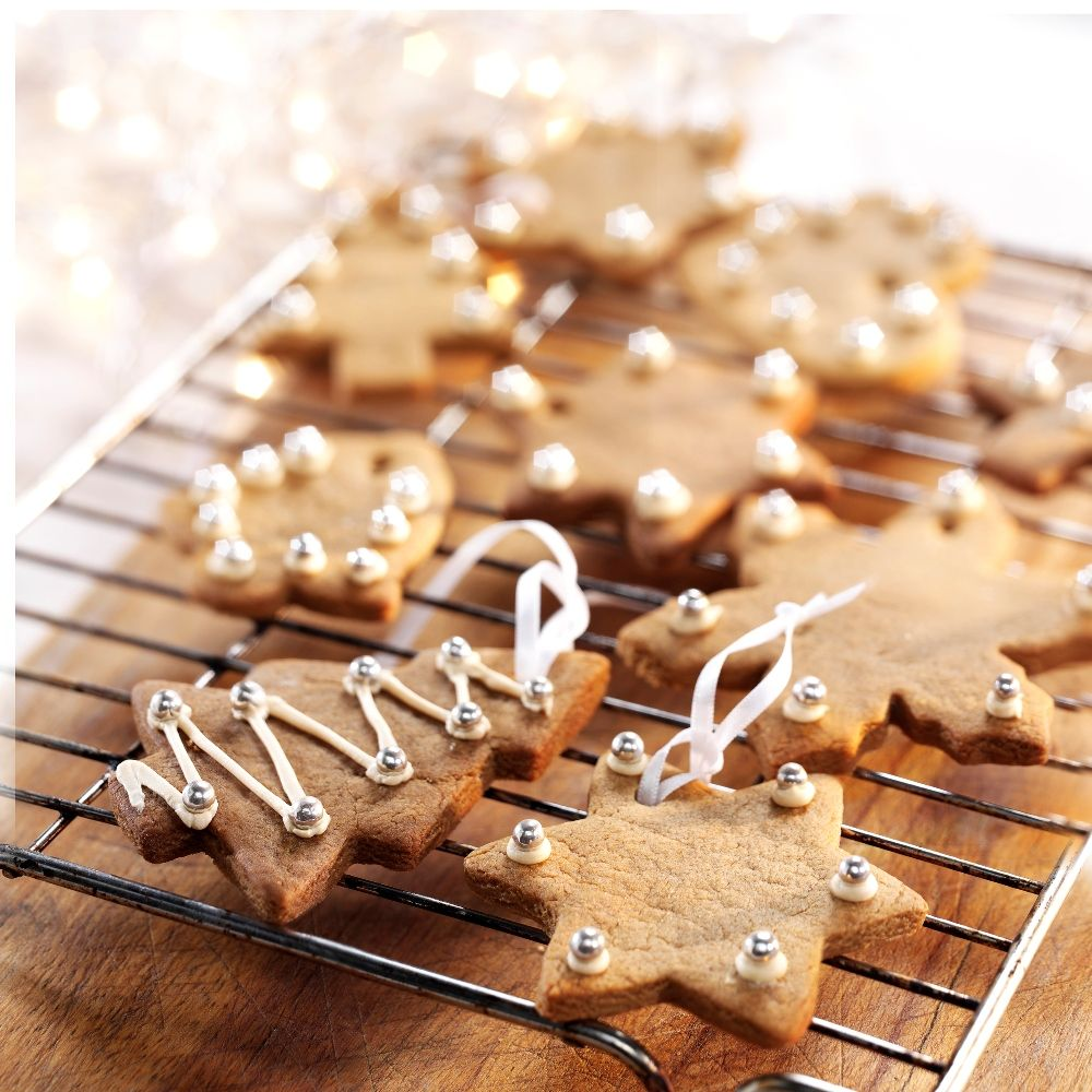 christmas gingerbread hanging biscuits recipe bakingmadcom - Christmas Gingerbread