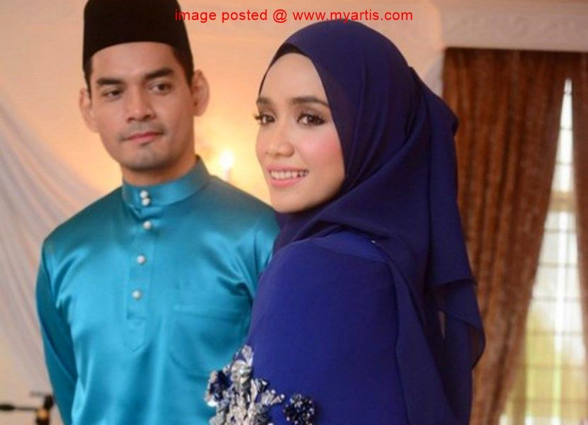 Kad Kahwin Hitam Putih Ummi Nazeera Tarik Perhatian Hari Bahagia Semakin Dekat Iaitu Lebih Kurang Sebulan Lebih Pelakon Ummi Nazeera 27 Su Bunga Wanita Cocok
