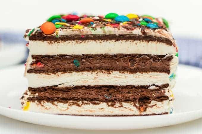Ice Cream Sandwich Cake side view #icecreamsandwich