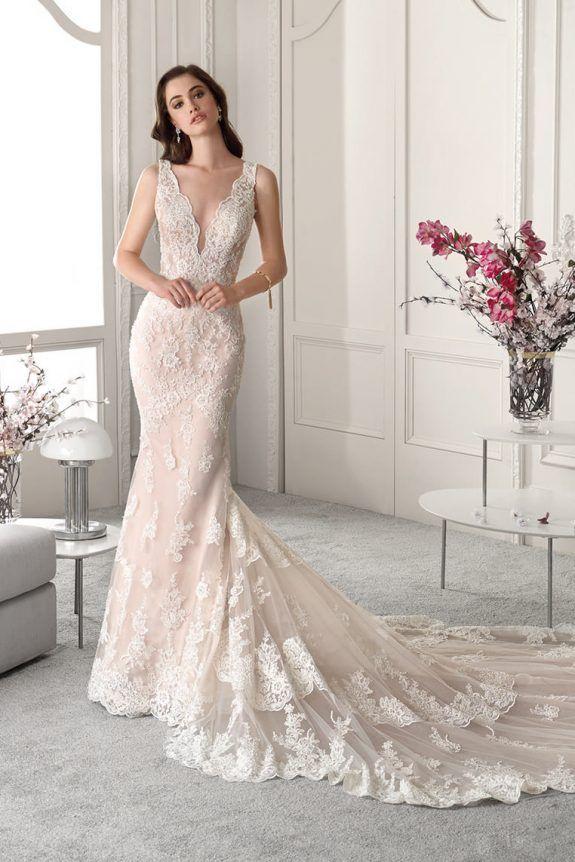 Demetrios Wedding Dress 872 117 This Magnificent Vintage