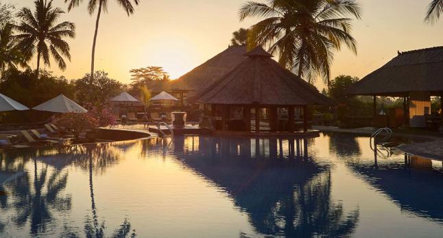 """Harga Kamar Hotel Kamandalu Resort """"Hotel Bintang 5"""