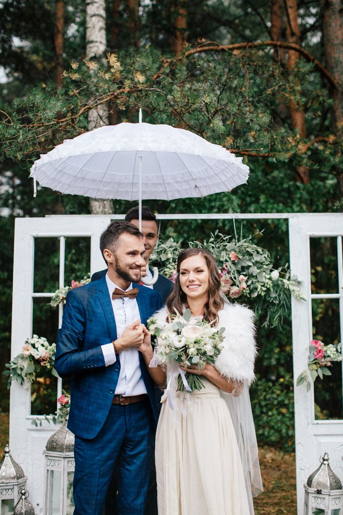 A handmade wedding dress for a woodland-themed wedding on rain day| fabmood.com