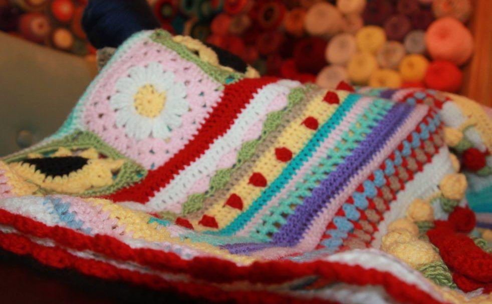 Crochet Pattern Roundup featuring Lion Brand Mandala Yarn | Manta ...