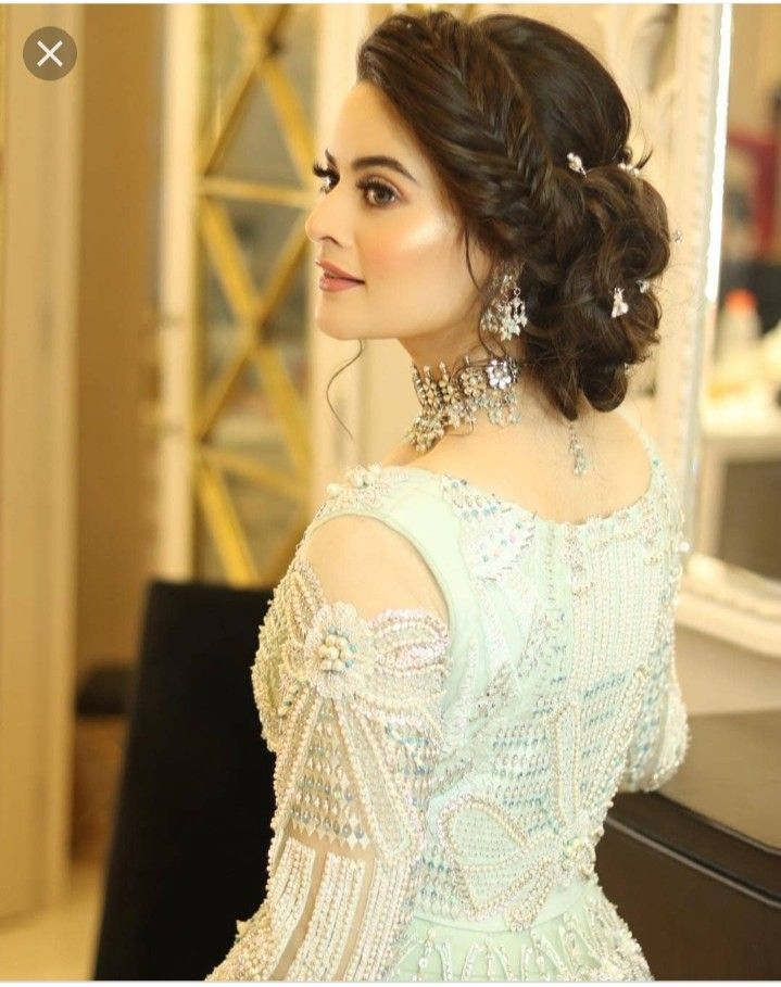 Pin By Amna Mukhtar On Aiman Khan Bridal Hair Buns Engagement Hairstyles Indian Wedding Hairstyles