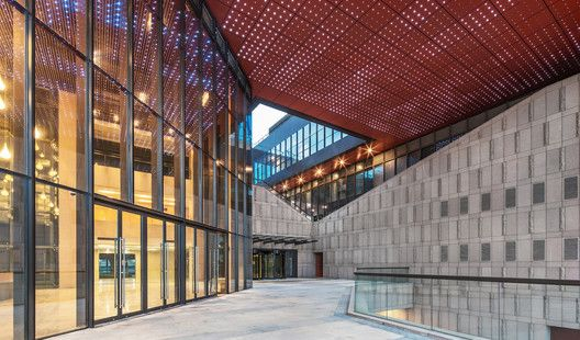Gallery of Waigaoqiao Cultural & Art Centre / Tianhua Architecture Planning & Engineering Ltd. – 10