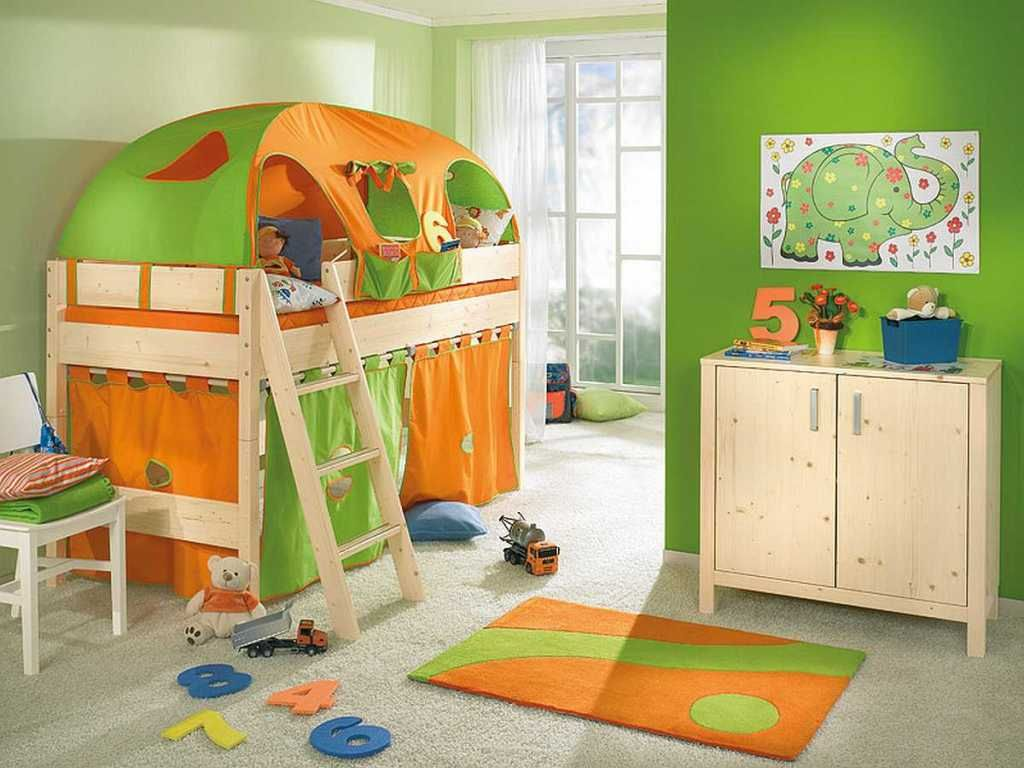 Cheerful Kids Bedroom Idea with Orange-Green Tent Loft Bunk Bed and ...