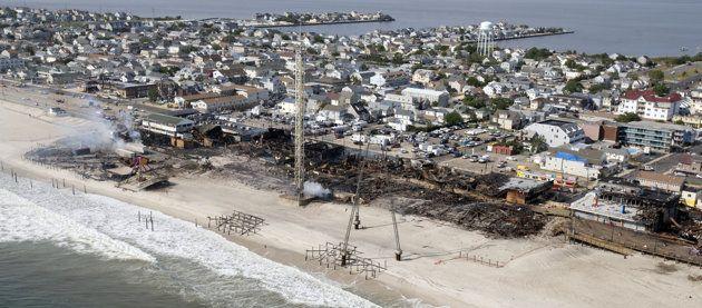 Christie plans $15M in aid after NJ boardwalk fire