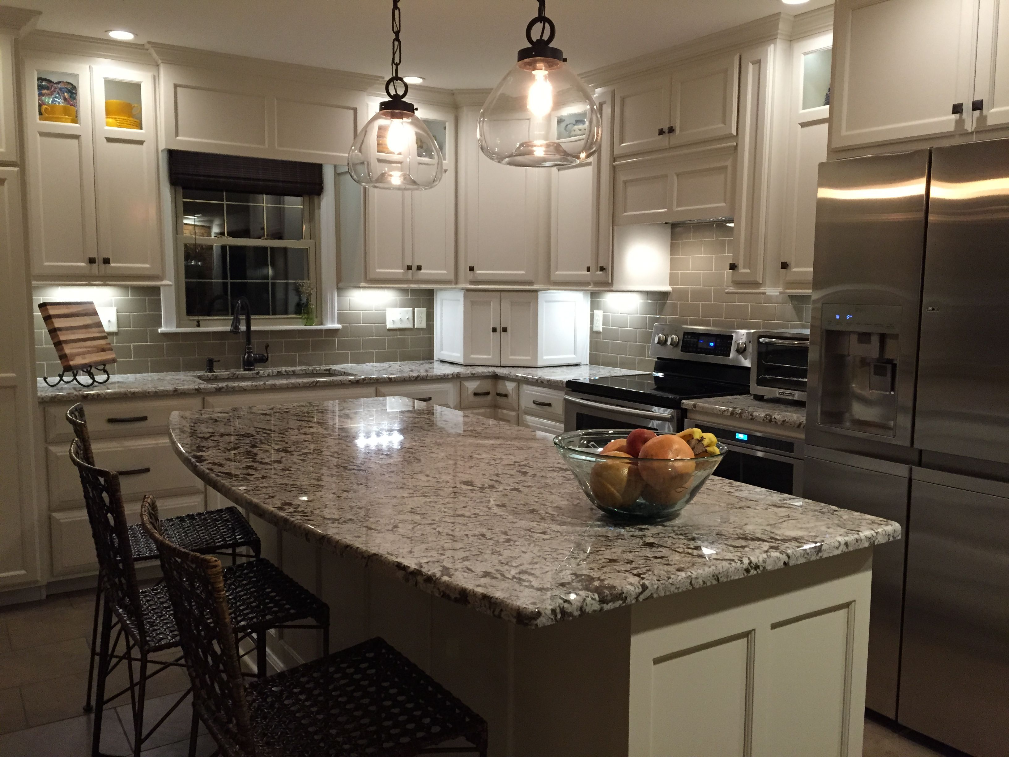 Remodel Small Kitchen With Under Cabinet Lighting Subway