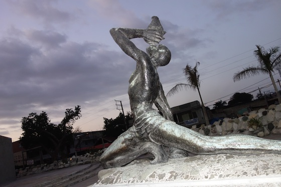 The Neg Mawon Statue This Sculpture In Downtown Port Au Prince