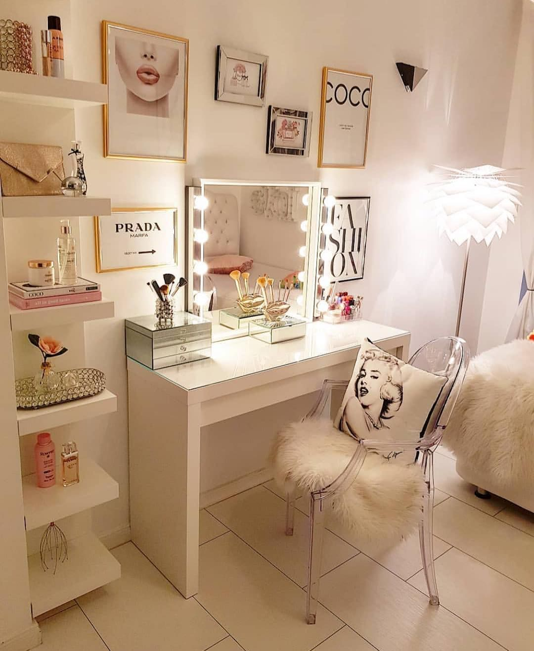 "Room For Girl Interior Inspo on Instagram: ""Loving this ... on Makeup Room Design  id=31350"