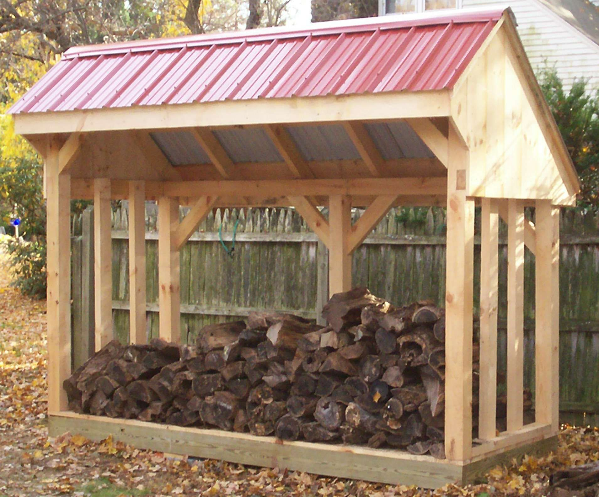 candi how to build a log shed from pallets outbuildings. Black Bedroom Furniture Sets. Home Design Ideas