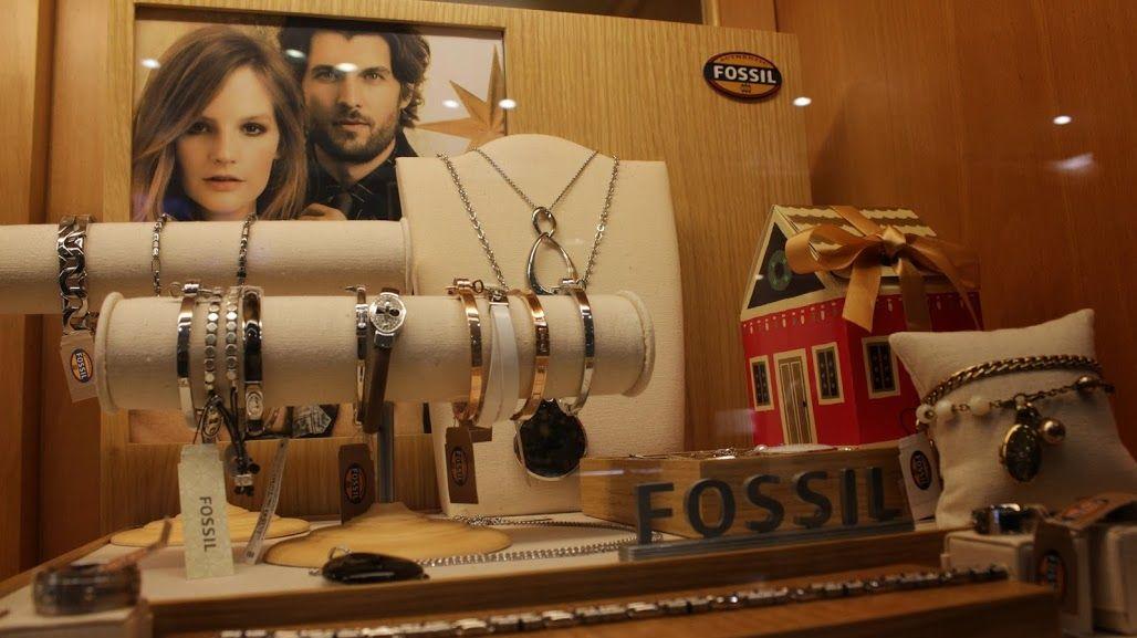 Lu.Ni.Ca Gioielli di Carlo Murgia #lunica #gioielli #collane #bracciali #orologi #fossil