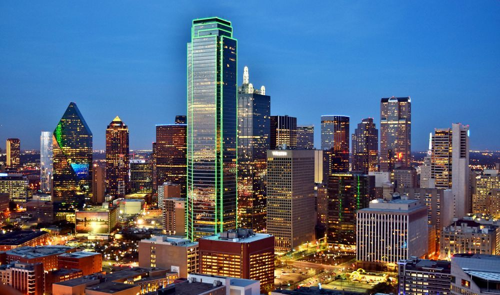 Since 1980 Prices In The Dallas Fort Worth Area Have Increased 188 This Puts Its Growth At Roughly 5 Per Year A Dallas Skyline Texas Image Downtown Dallas