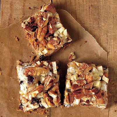 Apple Hello Dolly Bars - Made these today and they were AMAZING.  I can't stop eating them.  (Where are my sweatpants?!)
