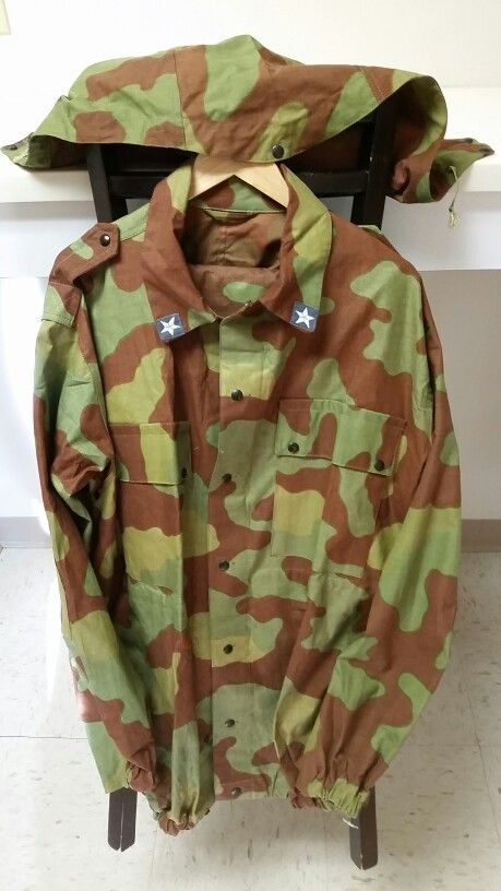 7a2304f39ed4a Italian Military Telo Mimetico Camouflage Set Military Camouflage, Hunting  Gear, Raincoat, Rain Jacket
