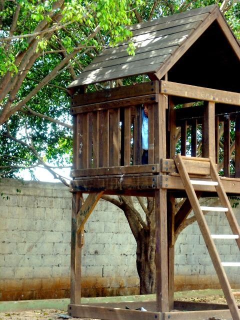 how to build a treehouse without a tree for kids www