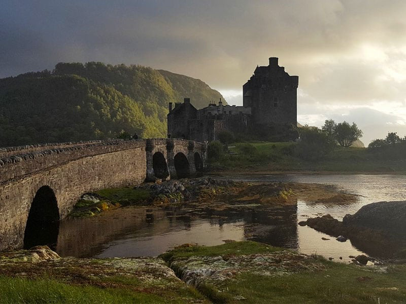 24 Best Places to Travel Alone for the first time [Women over 40+ Edition] #travelscotland