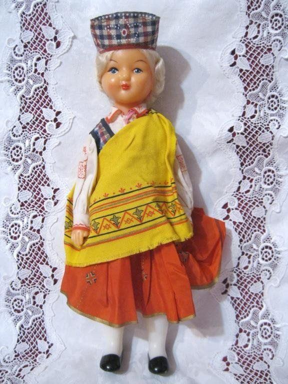 Кукла в национальном костюме Латвийской ССР, 1987 год ...