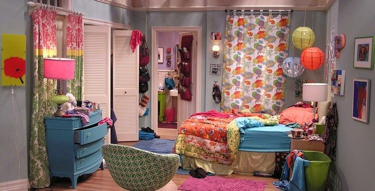schlafzimmer inspiration the big bang theory penny bunte einrichtung ...