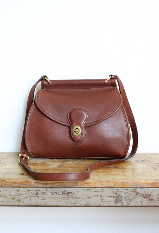 069c4e73dd Vintage Coach Bag    Logan Bag 9907 Mahogany    Crossbody Messenger Purse  Handbag 9927