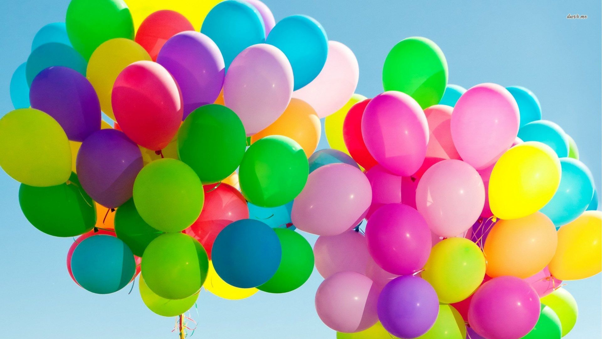 Balloons are one of the best and colorful elements for party
