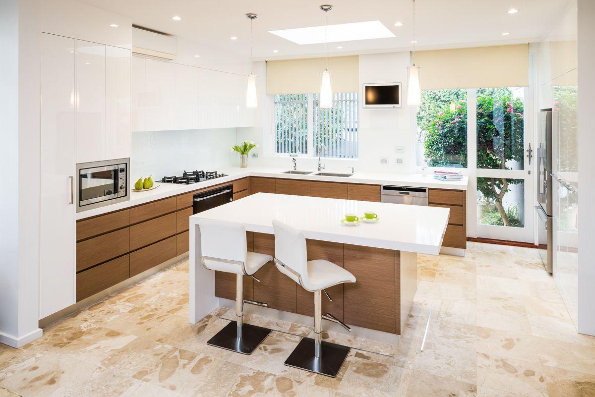 Smith Smith Kitchens: Caulfield South - Modern Kitchen