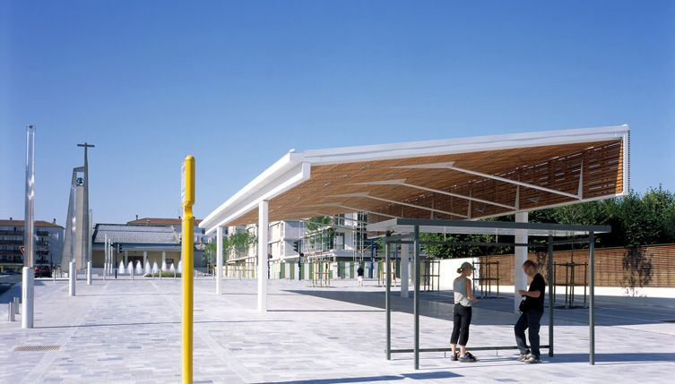 Halle de march jean philippe thomas architectes for Philippe jean architecte