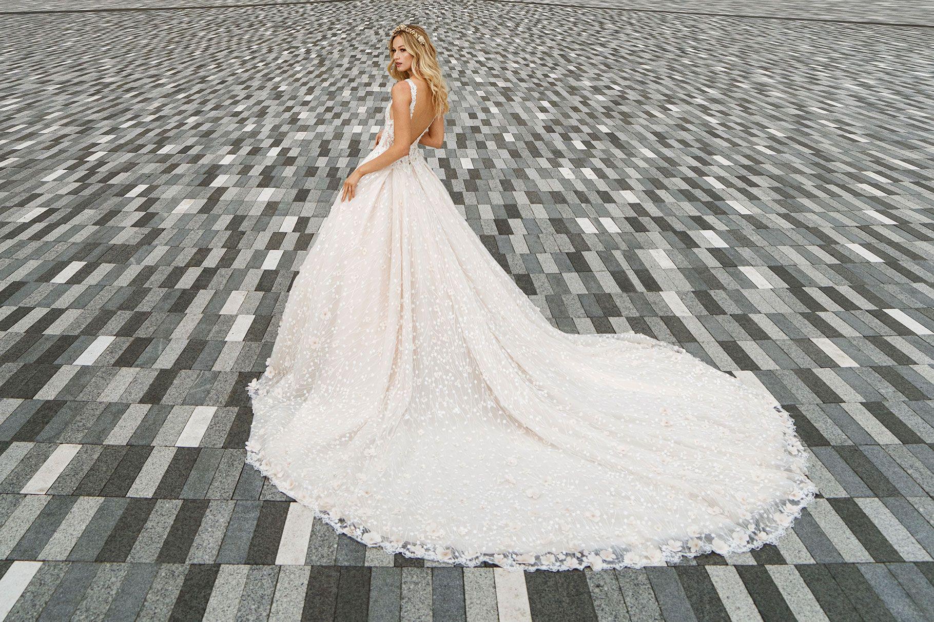 Demetrios Wedding Dresses Offer Strength In Details Strictly Weddings Wedding Gowns Online Wedding Dresses Demetrios Wedding Dress