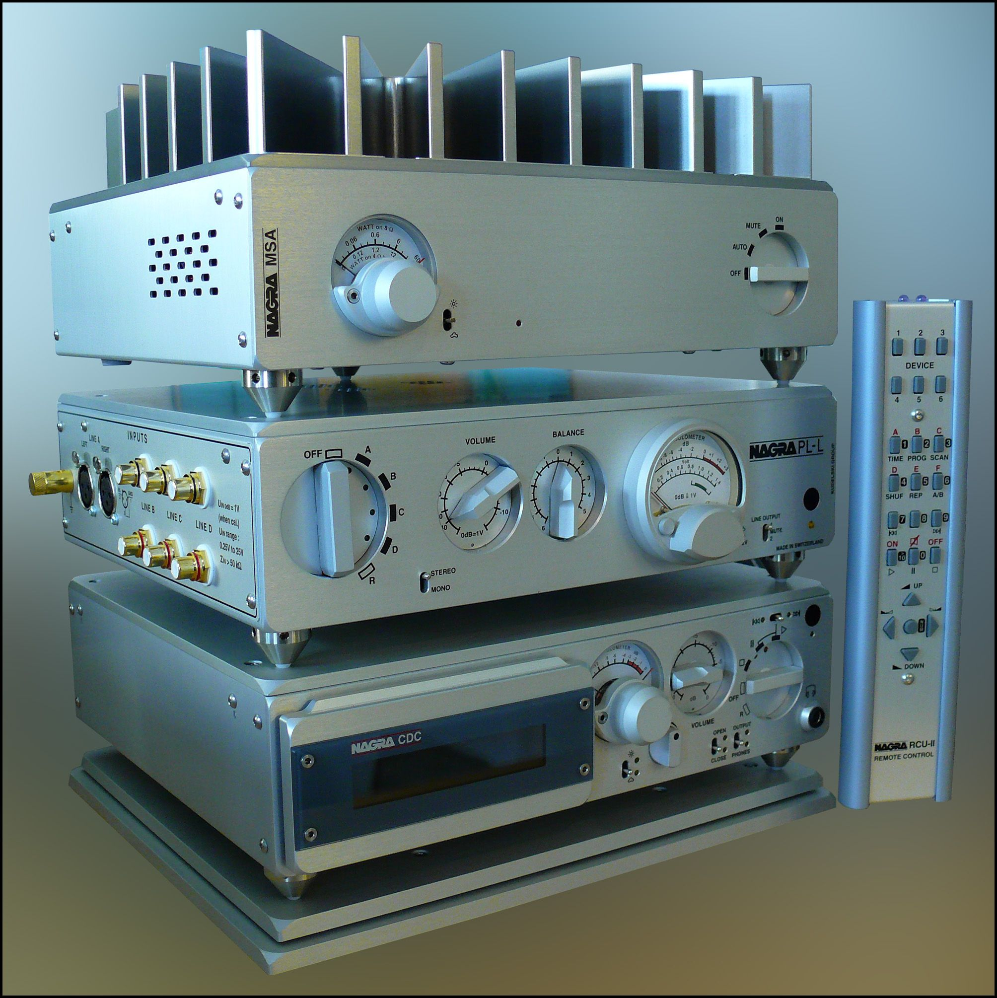 Nagra CDP player and PLL preamplifier stack This will