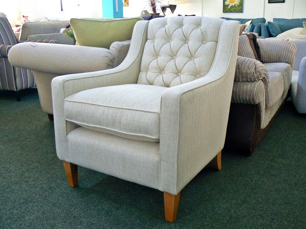 Ex Photoshoot Laura Ashley Button Back Occasional Chair Rrp 800