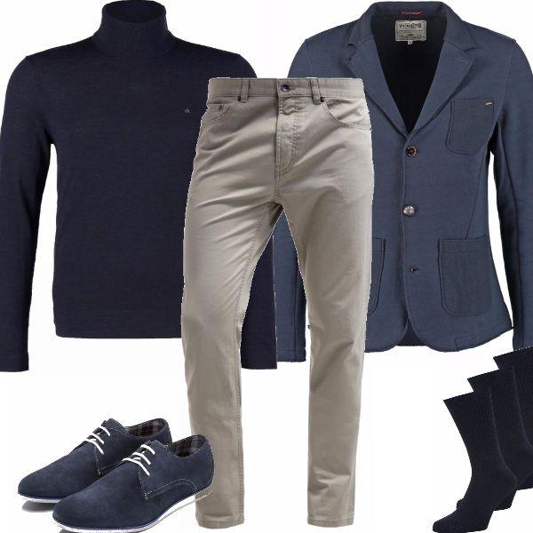 Questo autunno/inverno 2015-2016 torna alla grande il dolce vita anche nella moda maschile, facilmente abbinabile si sposa bene con jeans, pantaloni classici , e sotto una giacca per andare al lavoro.