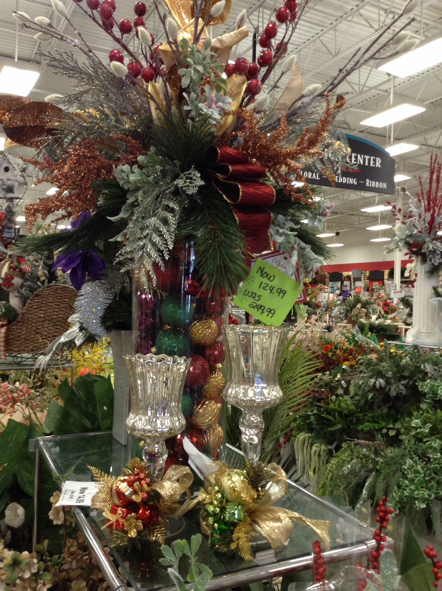 Michaels Christmas Craft Ideas Part - 46: Talented Michaels Designers Xmas Arrangement 9961