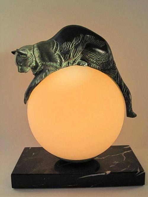 Kittyinva Kittyinva 1920 Equilibre Katzenlampe Von Max Le Verrier Frankreich Von Art Deco Mobel Jugendstil Deko Interieur