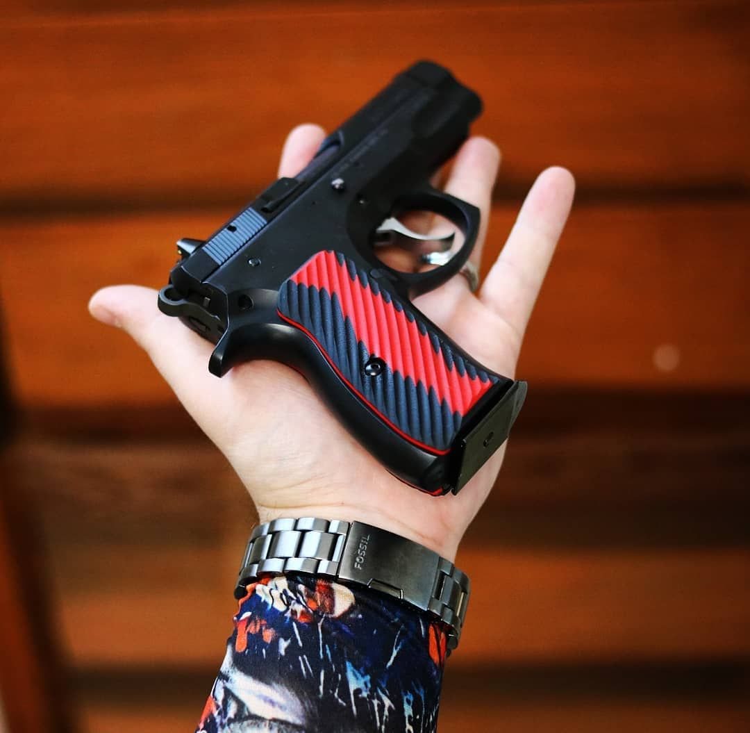 Pin by Travis Mitri on clothes and stuff | Hand guns, Tactical
