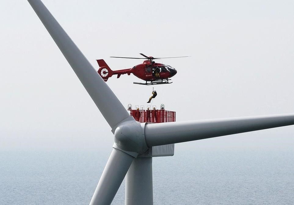 Wind Turbine Technician transit between Heli and Turbine Nacellejpg