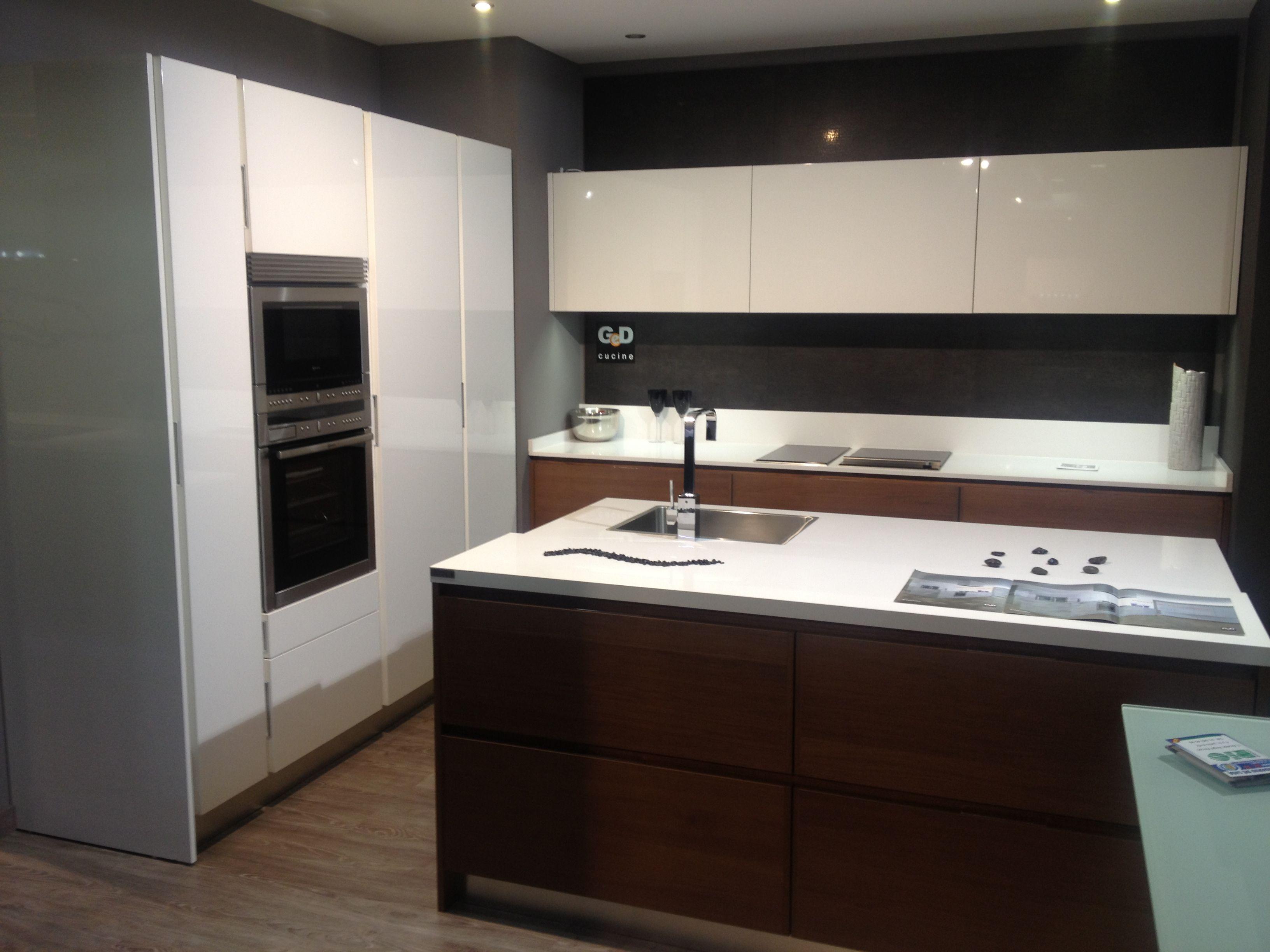 Puedes comprar neff en muebles de cocina r o calle - Muebles de cocina madrid ...