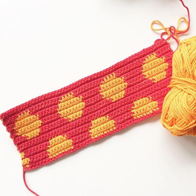 knitpurlhook lunares tapiz de ganchillo | Ganxet | Pinterest ...
