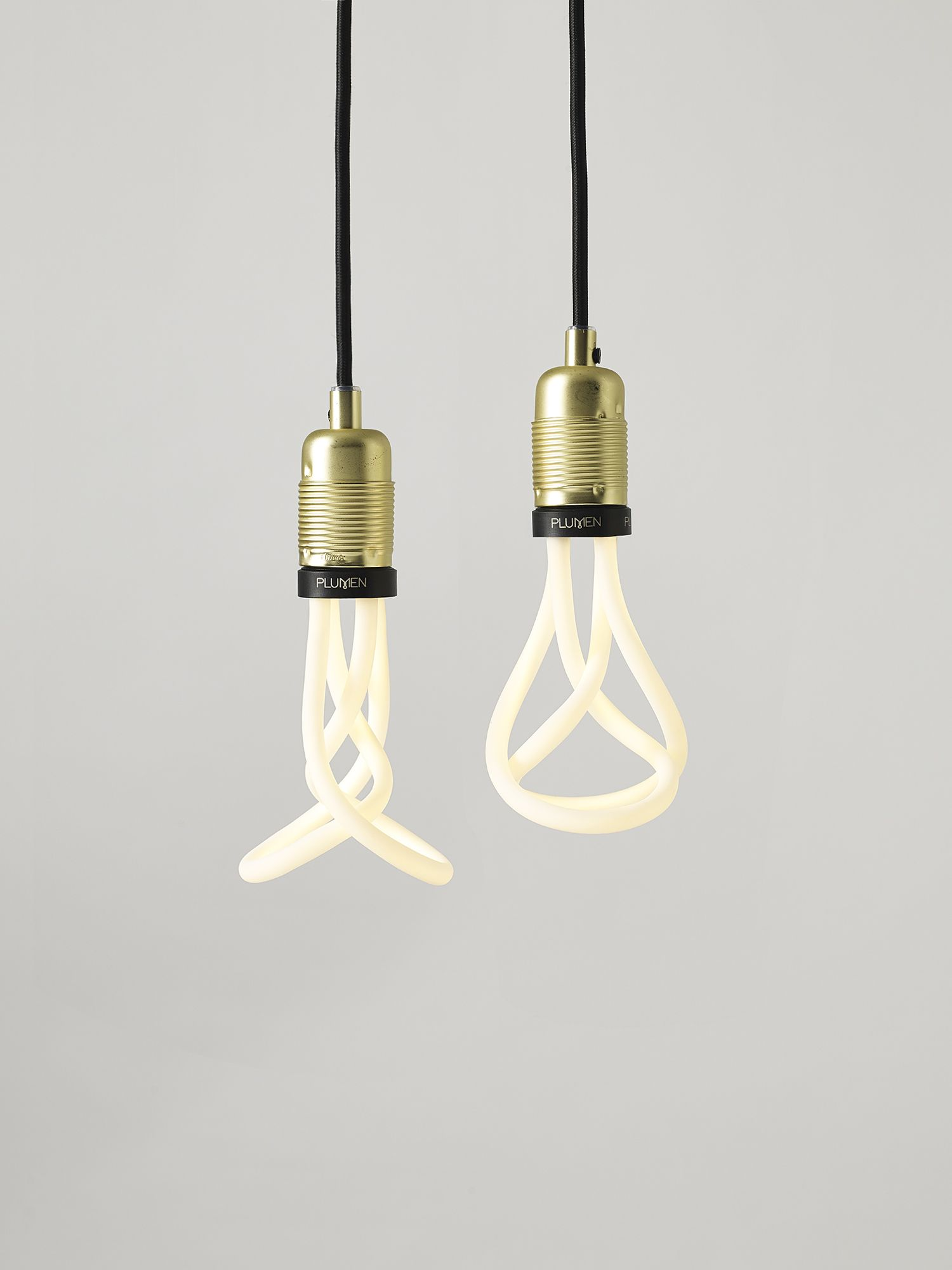 The New More Compact And Sleeker Proportions Of The Plumen 001 Led Means The Bulb Now Goes Brilliantly With A Much Grea With Images Light Bulb Design Creative Lamps Light