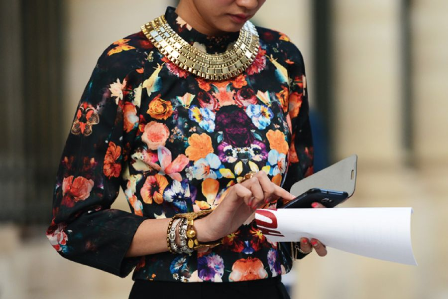 accessories-that-make-your-outfit-style-doctors-personal-stylists.jpg