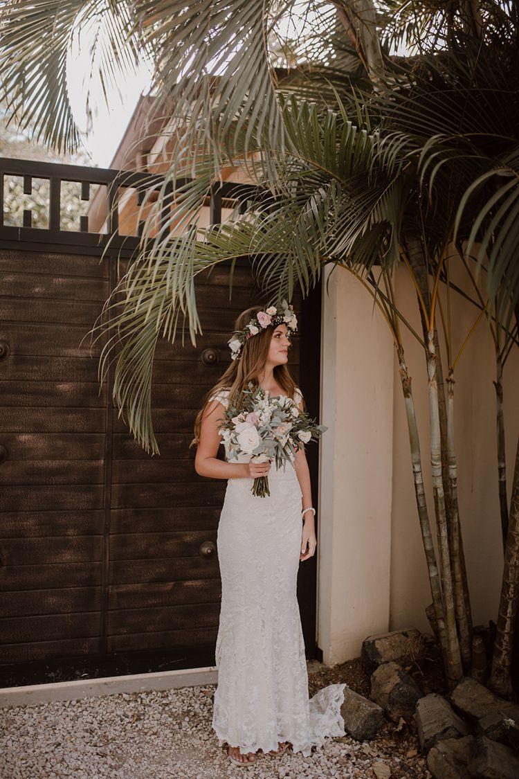 Costa Rica Beach Wedding with a Cute Bridesmaid First Look ...