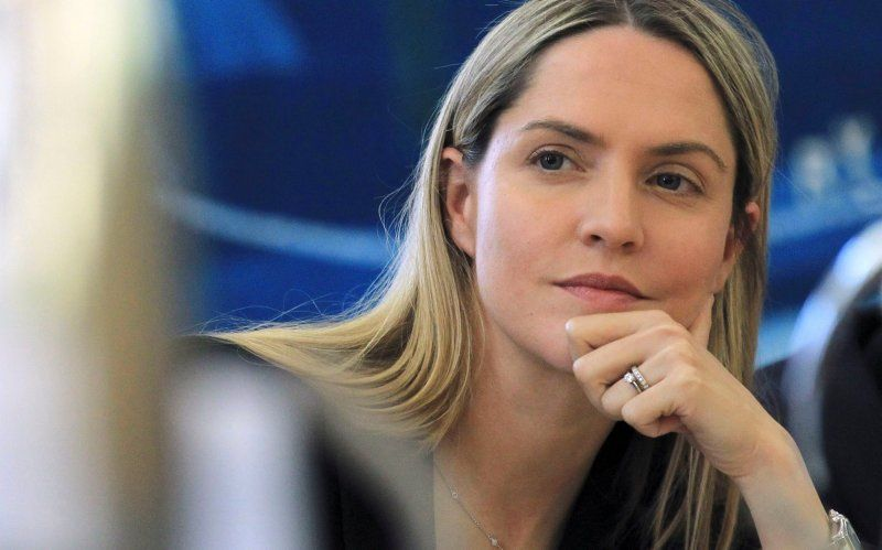 Is Conspiracy Queen Louise Mensch Right About Donald Trump? - The Daily Beast