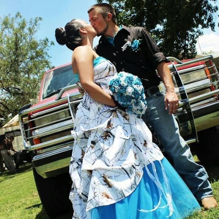 Camo Wedding Dresses With Blue